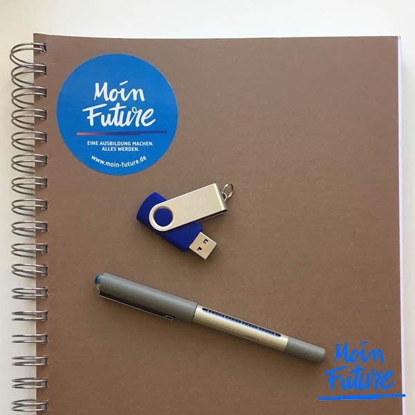 Moin Future Schreibblock mit Stift und USB-Stick