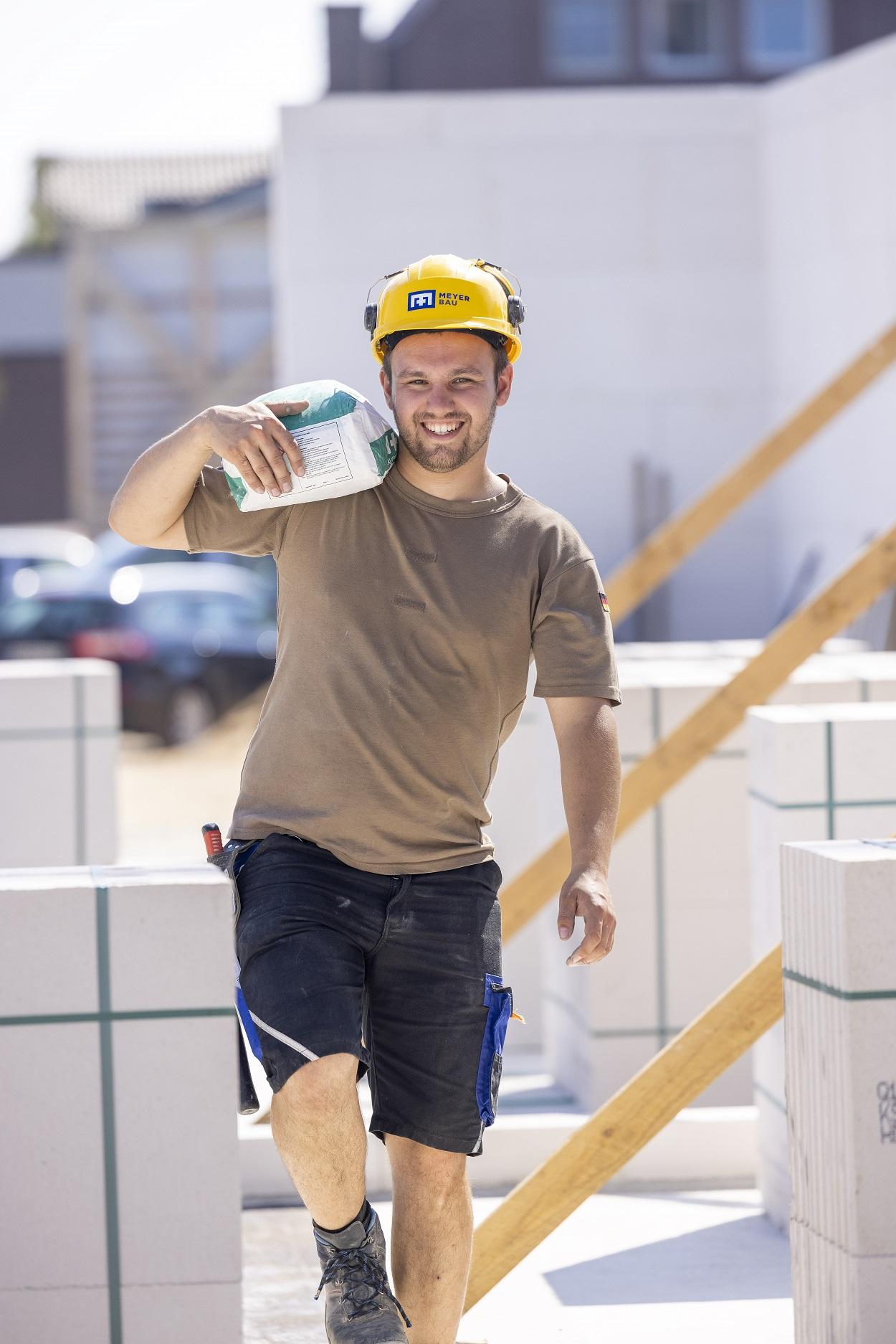 Daniel Meyer Bau Ausbildung Stahl und Betonbauer