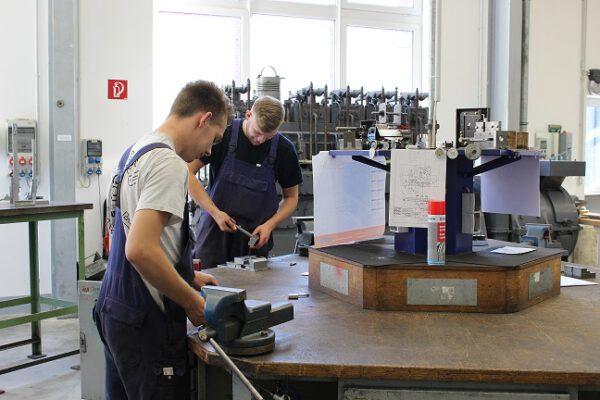 Ausbildung Industriemechaniker in Emden